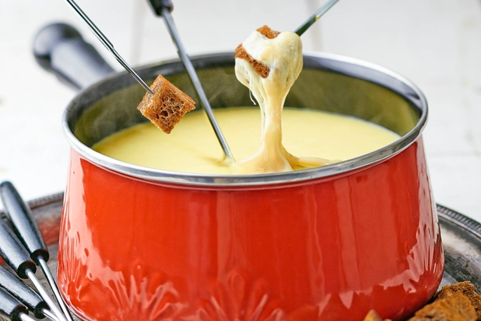Gouda, old dutch master, and edam cheese fondue