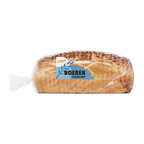 Boeren wit tijger brood heel product photo