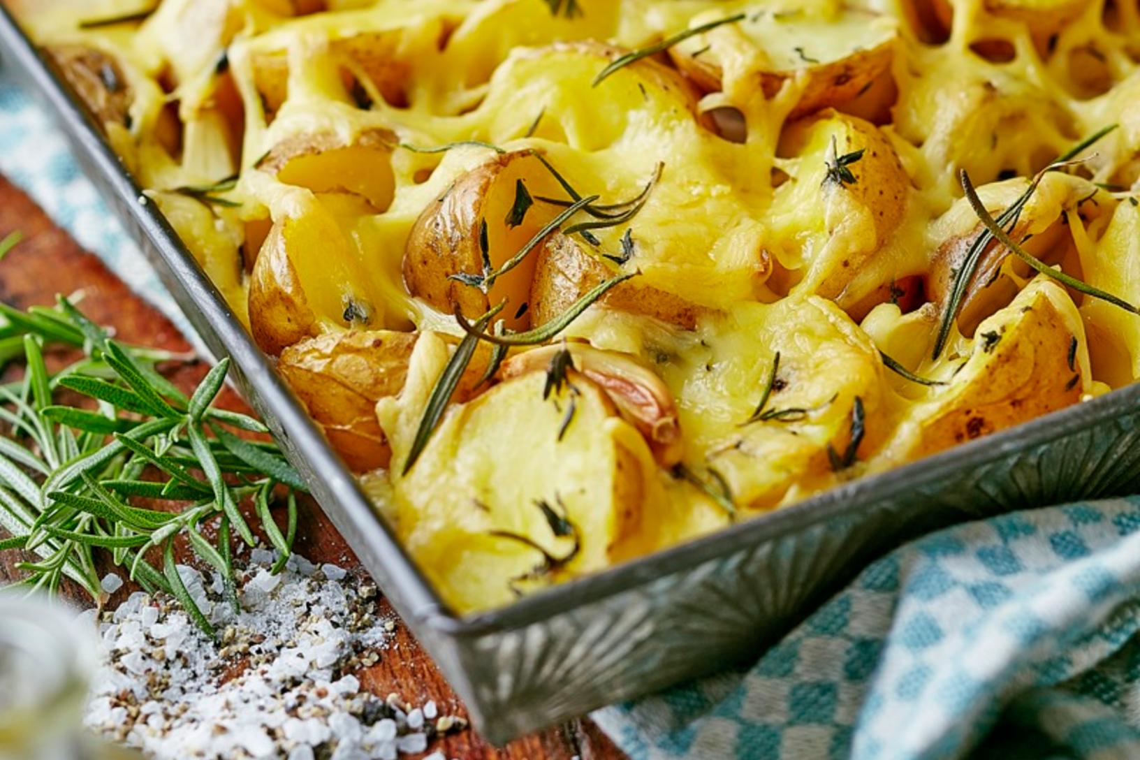Kartoffelecken mit Maasdam Käse