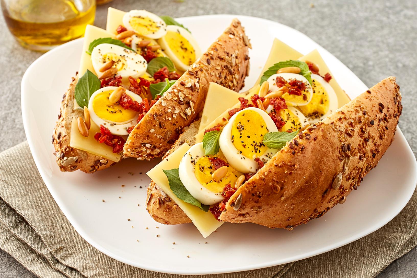 البيضة الدسمة وخبز الجبن الفرنسي
