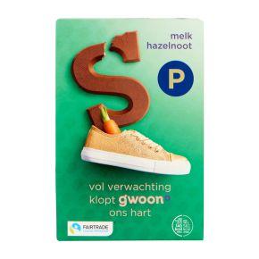 g'woon Chocoladeletter melk met nootjes product photo