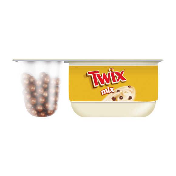 Danone  Twix mix yoghurt product photo