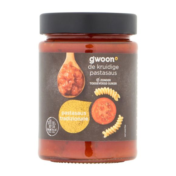 g'woon Pastasaus tradizionale met tomaat product photo